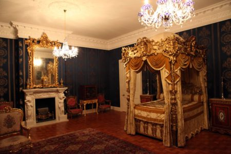 Allerton Castle Bedroom 1 with four poster bed