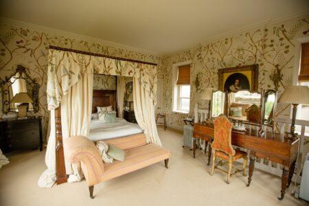 Carlton Towers - Bedroom